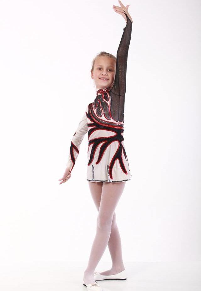 гимнастка, акробатка